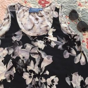 Vera Wang silky cotton feel floral blouse